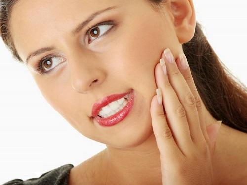 Bọc răng sứ thẩm mỹ bảo vệ hàm răng Nha Khoa MEDIKA