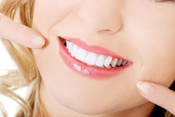 Tẩy trắng răng có tốt không ở Nha khoa MEDIKA