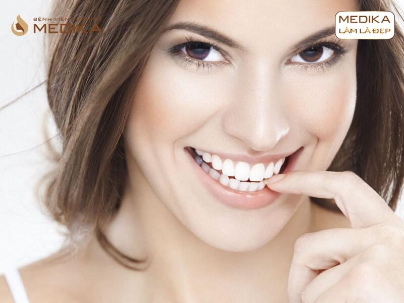 Chọn răng sứ toàn sứ hay răng sứ kim loại để bọc răng sứ thẩm mỹ ở Nha khoa MEDIKA